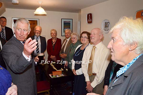 HRH The Prince of Wales meeting members of Clwb Ffrindiau